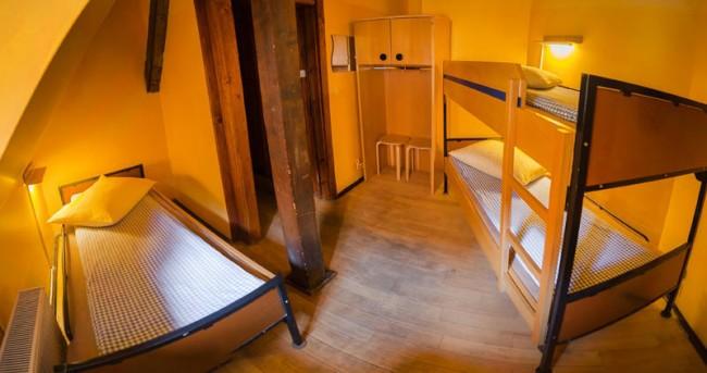 burg-hostel-sighisoara-rumania