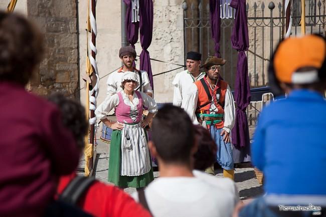 teatro en el mercado medieval