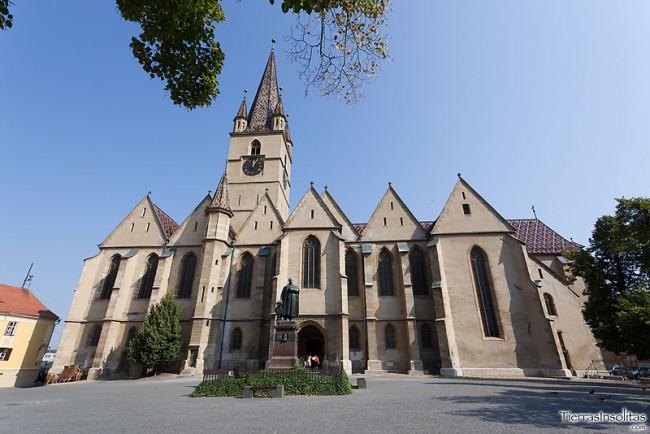 Biserica-Evanghelica-sibiu-01