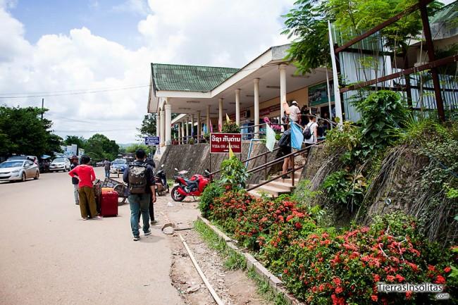 frontera hacia laos