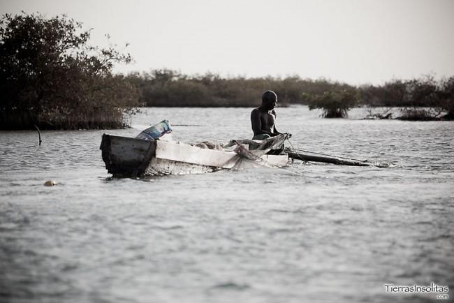 barca delta sine saloum