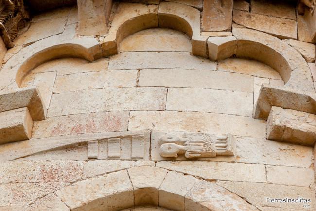 detalle arcos trilobulados