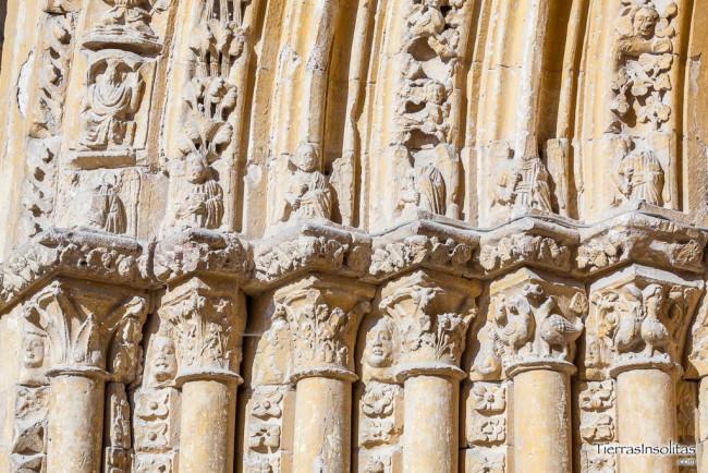 capiteles iglesia de treviño