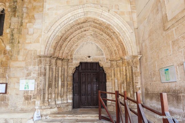 portada iglesia peñacerrada