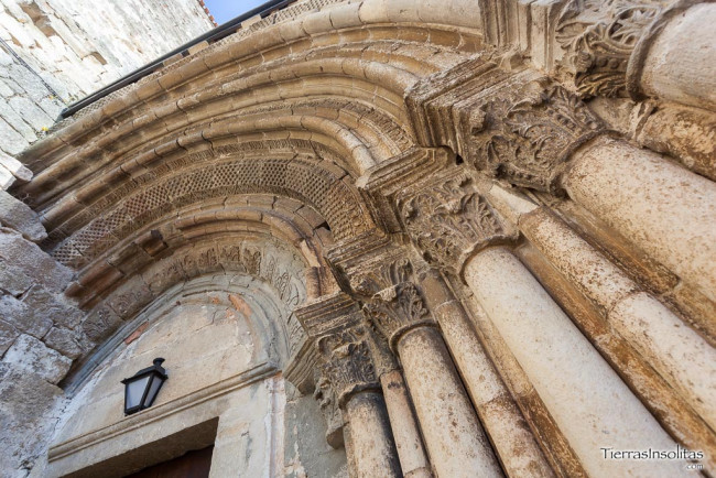 portada iglesia de san juan bautista