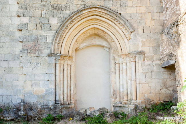 portada norte iglesia de obécuri