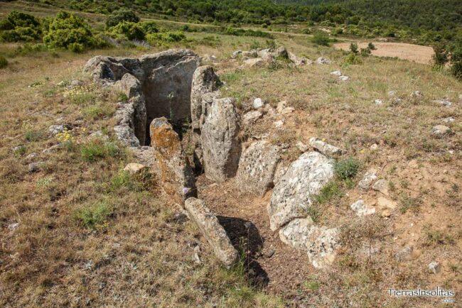 dolmen layaza rioja alavesa