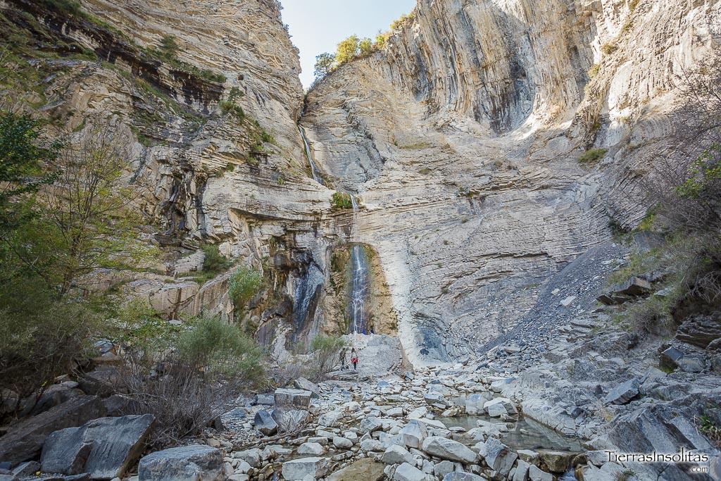 cascada de sorrosal imprescindible ver comarca sobrarbe