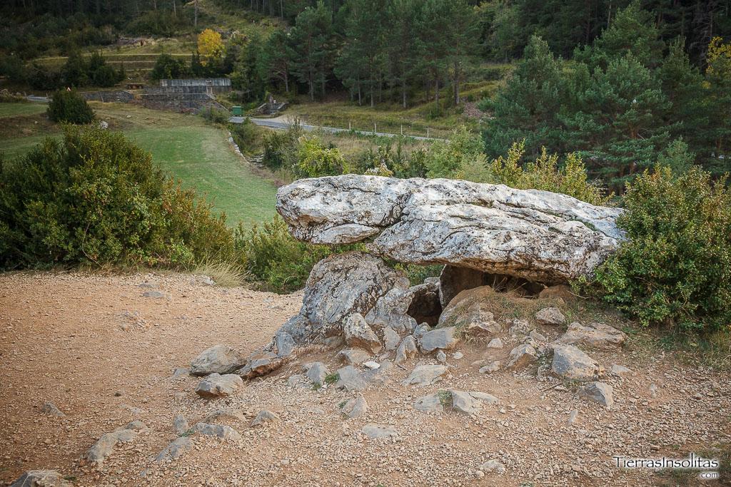 dolmen piedra de vasar tella