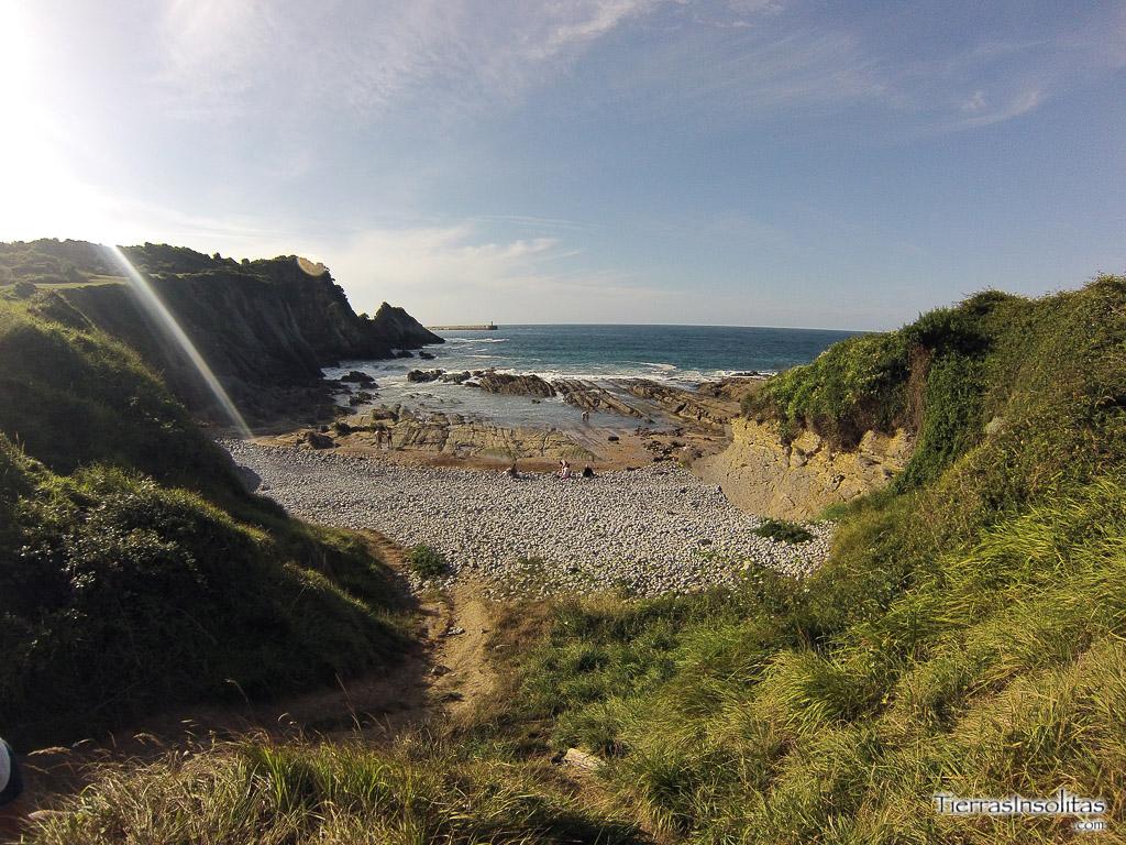 playa canina de arcisero cantabria