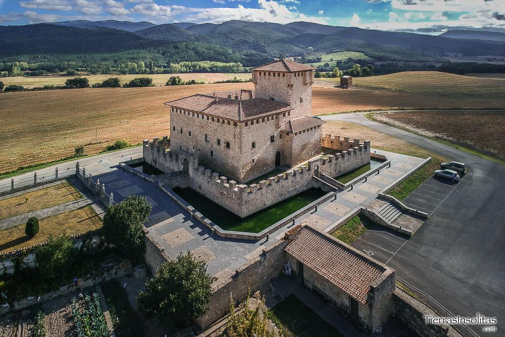 torre-palacio de los varona villañane
