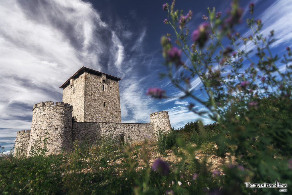 torres medievales en álava