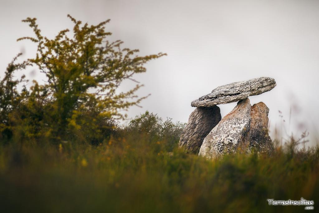 dolmen de sorginetxe opacua