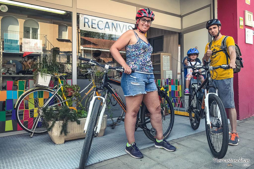 alquiler bicis centre logistic bicicletes olot